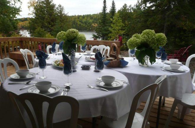 Reception set-up at Farr Island / Endroit de réception à l'île Farr
