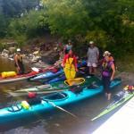 Kayak group activity on lake Temiskaming during a stay at the Presidents' Suites / Activité en kayak sur le lac Témiskaming pendant un séjour aux Suites des Présidents