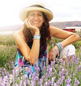 Robyn Dewar a Destination Temiskaming Blog collaborator / Une collaboratrice du blogue Destination Temiskaming
