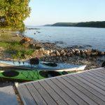 Kayaks at Farr Island. A great day destination on Lake Temiskaming only a few kilometres from Haileybury. / Des kayaks à l'île Farr. Une destination de jour sur le lac Temiskaming à seulement quelques kilomètres de Haileybury.