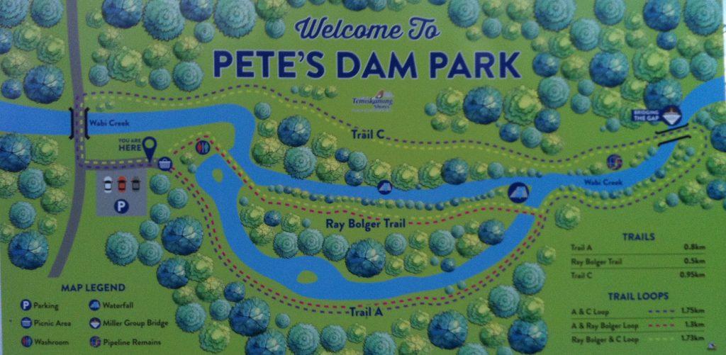 Petes Dam Park trail system in New Liskeard / Sentiers du parc Petes Dam près de Temiskaming Shores.