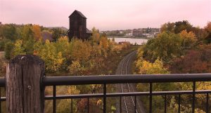 Fall view from the Larose bridge in Cobalt during our Fall colours lake Temiskaming tour - vue d'automne à partir du pont Larose à Cobalt pendant notre tour des couleurs d'automne du lac Témiskaming