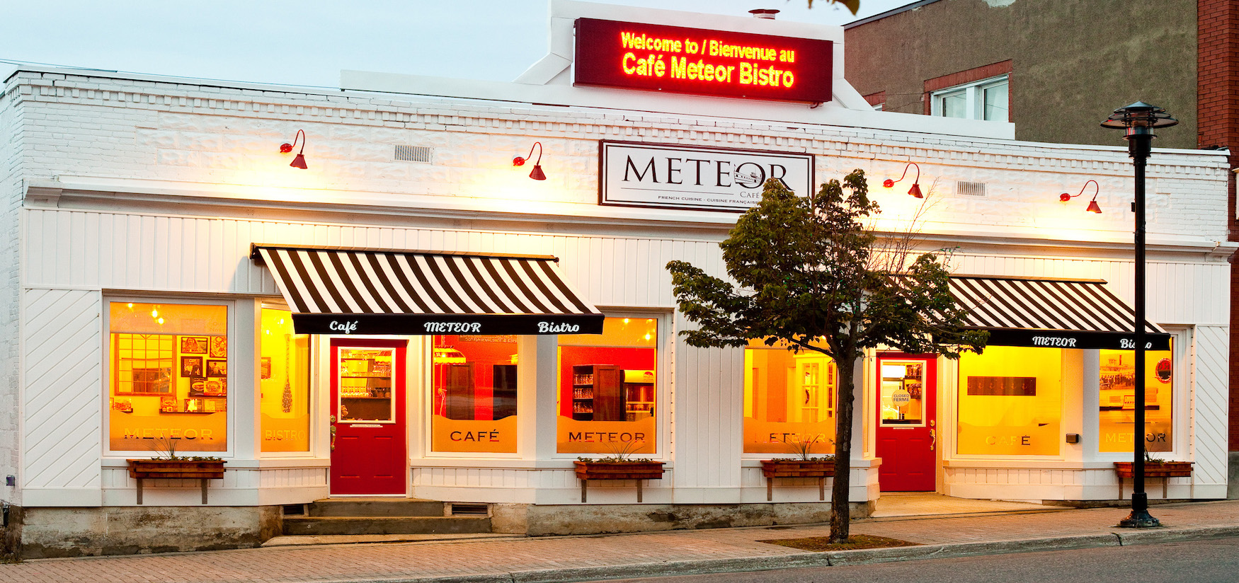 Cafe MEteor Bistro located downtown Haileybury