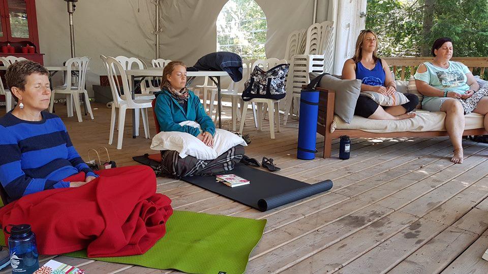 Glamping activity ideas - meditation on Farr Island
