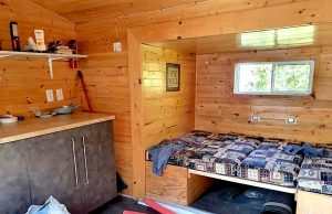 Glamping in a tiny hom eon Farr Island